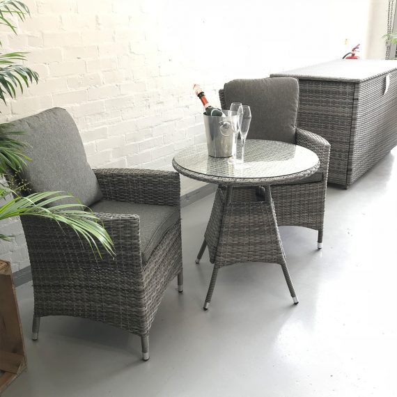 Highgate Bistro set Southend On Sea Essex