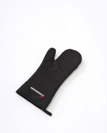 Landmann 13361 BBQ mitten available from Highgate Furniture. This stylish single mitten is made from cotton and can be used for all trpes of cooking. Its available from Highgate furniture large showroom in sound on sea Essex, or if you would like any further information about any of our products please call the Highgate furniture sales team on 01702 414030.