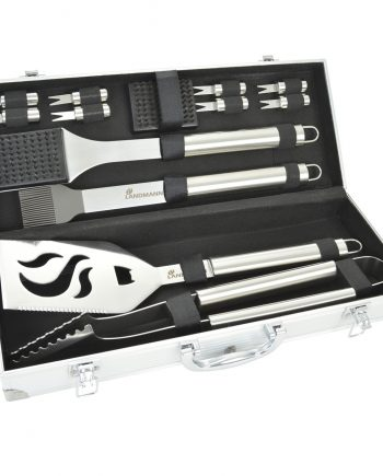 Landmann selection 13 piece tool set in case available from Highgate furniture. This landmann BBQ tool set consists of a turner, tongs, basting brush, cleaning brush, spare bristle head and 8 cob holders. This set is available to purchase direct from the Highgate Furniture showroom in southend on sea Essex. or you can call us on 01702 414030 if you have any questions the highgate team will be pleased to try and help you.