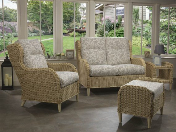 Hartford 2 seater Sofa and Chair in Rose_11068