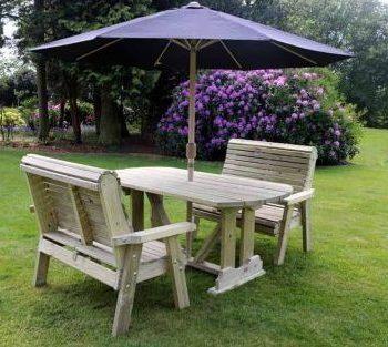 Highgate Table & Bench Set sits 4 HG106