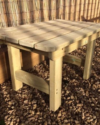 Highgate Wooden Garden Coffee Table Southend On sea Essex