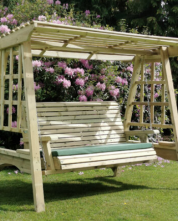 Highgate Wooden 3 Seater Swing Seat Southend On sea Essex