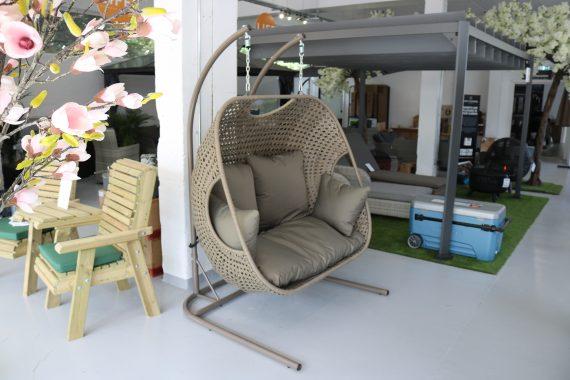 Double Cocoon garden swing seat