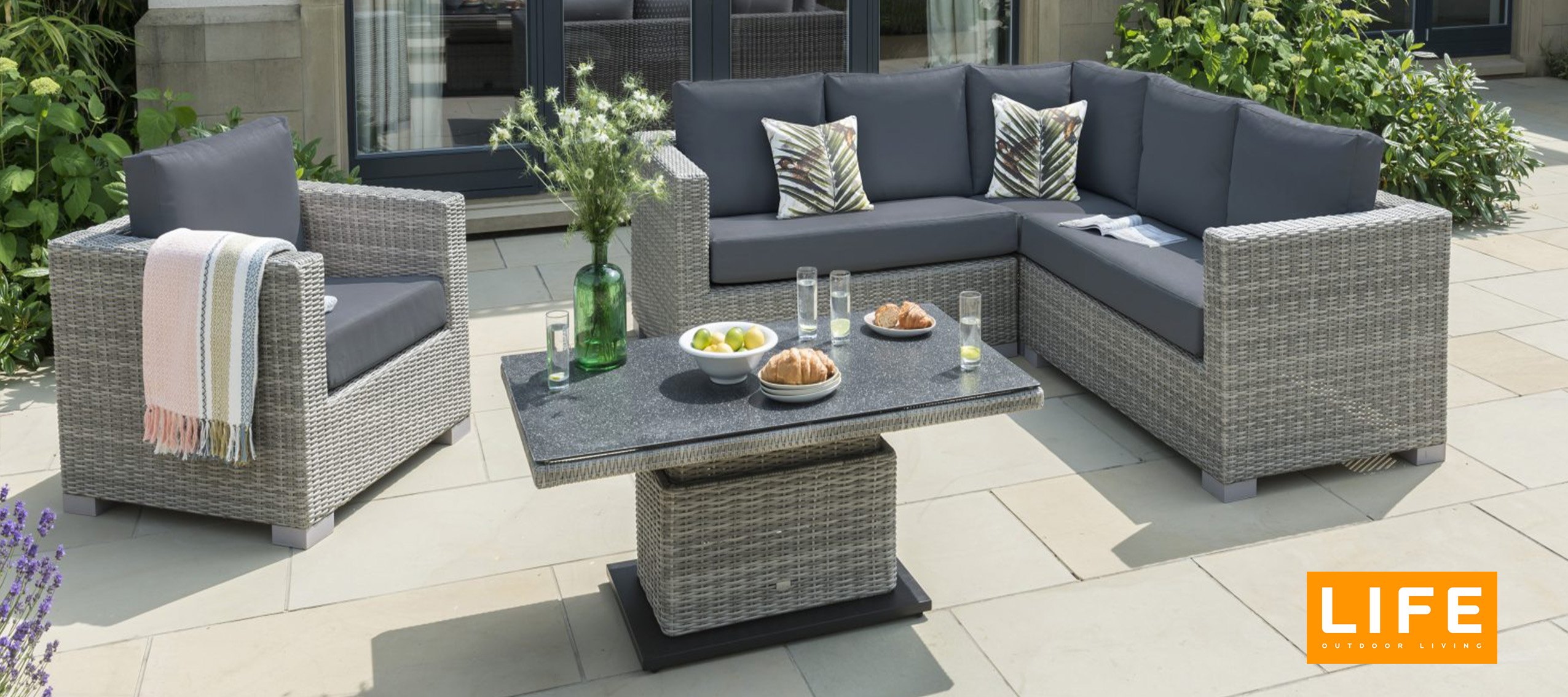 Life Garden furniture